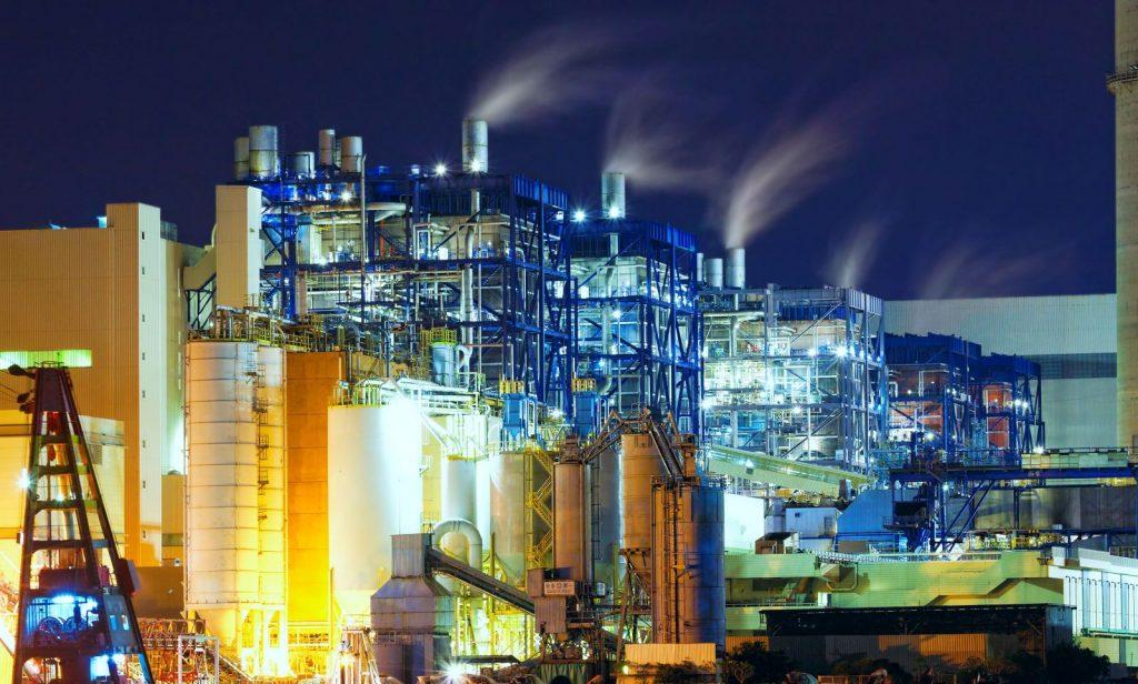 Industrieanlagen verursachen Lärm. Koetter Consulting Engineers kann die Immissionswerte messen und bei Überschreitung Lösungen erarbeiten.